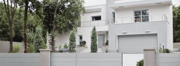 Inteligentny system do drzwi i bram garażowych, dostępny z każdego miejsca na świecie