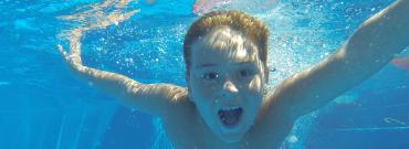 Basen kontra dzieci – jak zadbać o bezpieczeństwo dzieci na basenie?