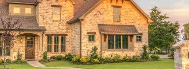 Dom drewniany czy murowany? Wady i zalety