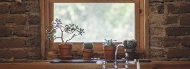 Marzysz o drewnianych oknach? Poznaj ich wady, zalety i popularne mity