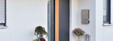 Drzwi wejściowe do domu - czym się kierować podczas zakupów?