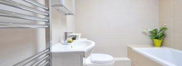Mokre strefy w łazience – które miejsca izolować?
