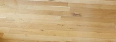 Sprytne sposoby na odnowienie zniszczonych paneli podłogowych