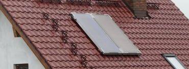 Instalacja solarna na dachu – czy to się opłaci?