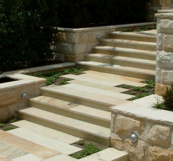 Piaskowiec schody
