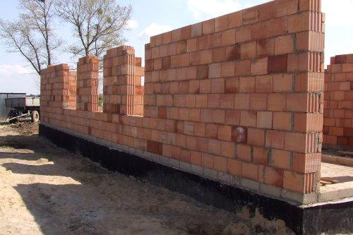 Zestawienie wymagań dotyczących ścian zewnętrznych budynku