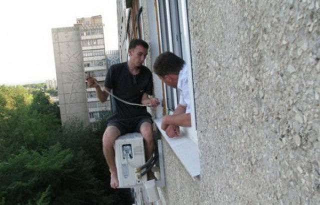 crazy_air_conditioning_installers_640_04