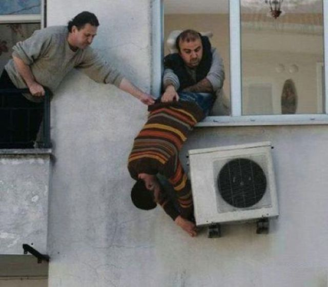 crazy_air_conditioning_installers_640_11