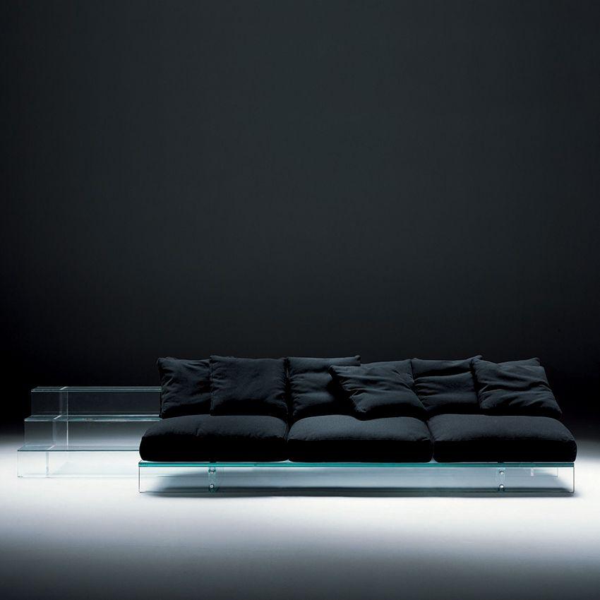szklana sofa
