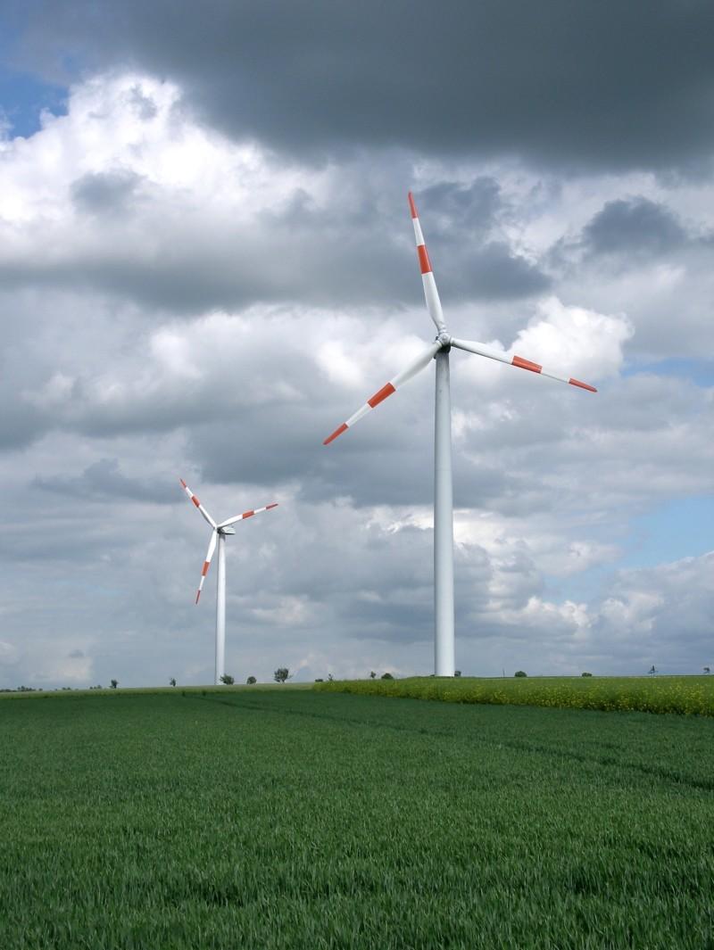 wind-energy-1-1222347-1919x2554