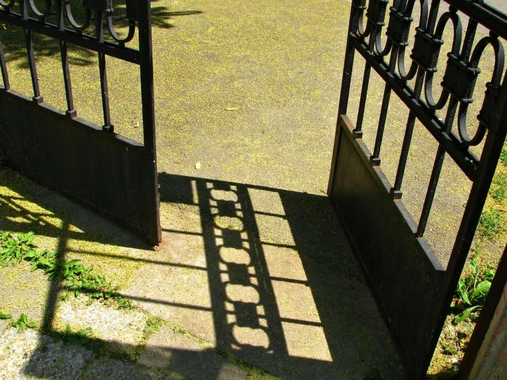 gate-229024_1280(1)