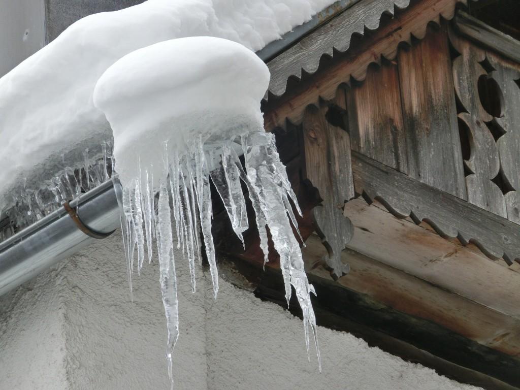 Rynna w czasie zimy