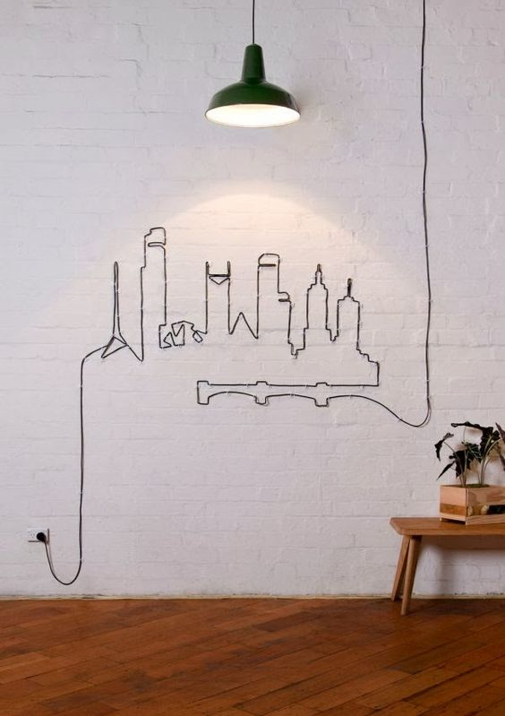 Ozdobienie ściany kablem
