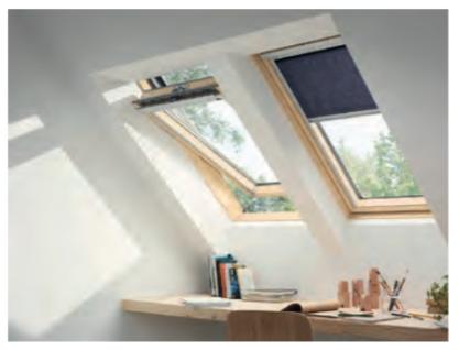 Drewniane okno dachowe GLL (tuz)